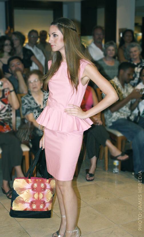 63832a583028a8 Summer Salon MODE Lifestyle Magazine fashion show. Olivia Lucas dress