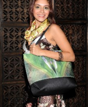 Mode model at The Havana Club with Cortese Designs Baby Banana Reflections totebag